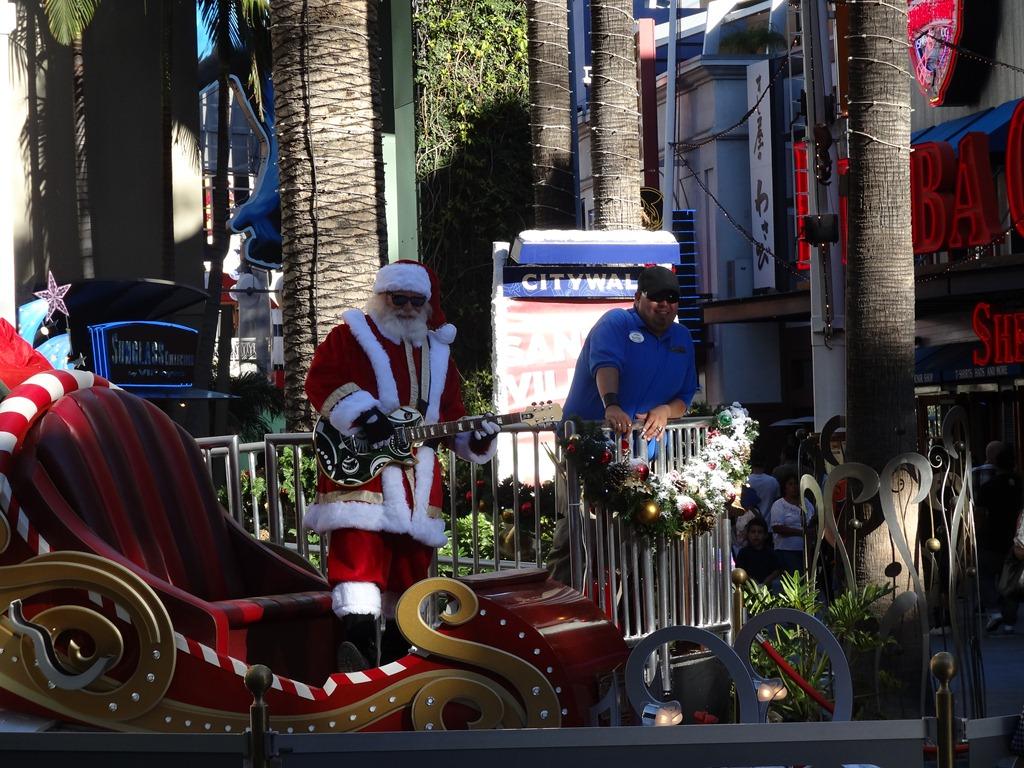 Lucky Strike Santa
