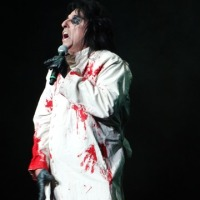 ALICE COOPER GIBSON AMPHITHEATRE June 6, 2013 PICTURES AND SET LIST