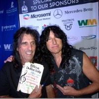 LARRY CORNWALL MEETS ALICE COOPER