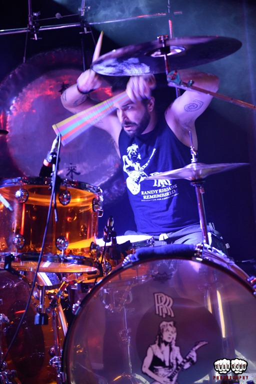 Brian Tichy drum 3