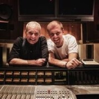 ROCK LEGEND DAVID LEE ROTH TAKES TO THE MAIN-STAGE OF ULTRA MUSIC FESTIVAL MIAMI ALONGSIDE SUPERSTAR DJ ARMIN VAN BUUREN TO PREMIERE NEW REMIX OF VAN HALEN'S CLASSIC 'JUMP'